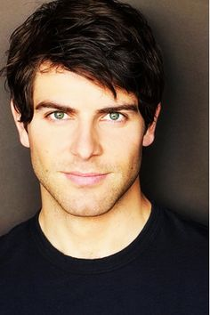David Giuntoli - I just realized this is exactly what I pictured Edward would look like back when I read Twilight (except with gold eyes)...hmm
