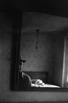 Saul Leiter's Black-and-White World - NYTimes.com