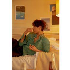 Park Bo Gum for Esquire Korea March 2018 Park Bo Gum Photoshoot, Asian Actors, Korean Actors, Asian Celebrities, Park Bo Gum Cute, Park Bo Gum Wallpaper, Pastel Wallpaper, Bts Wallpaper, Nam Joo Hyuk Wallpaper