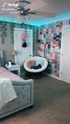 Cute Bedroom Decor, Room Design Bedroom, Girl Bedroom Designs, Teen Room Decor, Room Ideas Bedroom, Bedroom Inspo, Wall Decor, Neon Room, Cute Room Ideas