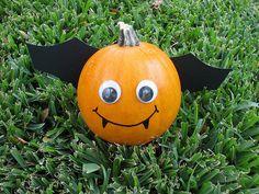 Cute Little Pumpkin Bat cute paint decorate ideas pumpkin halloween bat