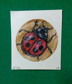 "194 день рисования на чайных пакетиках.""Божья коровка"" /аварельные карандаши, чёрная тушь/ #365чай#365чай_ладаяцына#teabag Tea Bag Art, Old Friends"