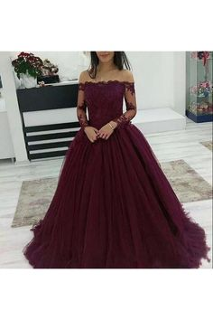 long prom dresses - 2018 Cheap Quinceanera Ball Gown Dresses Burgundy Off Shoulder Lace Applique Long Sleeves Tulle Puffy Party Plus Size Prom Evening Gowns Quinceanera Cheap Dresses Quinceanera Dama Dresses Cheap From Crystalxubridal, &Price; DHgate Com Tulle Ball Gown, Ball Gowns Prom, Tulle Prom Dress, Ball Gown Dresses, Tulle Lace, Lace Dress, Dresses For Balls, Sweetheart Prom Dress, Long Prom Gowns