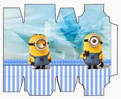 Minions Free Printable box. Minions on Blue Background: Free Printable Mini Kit.