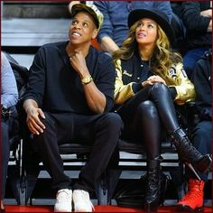 #Beyonce And #JayZ Enjoy Cotton Candy At #LAClippe...