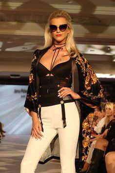 Mária Zelinová for Jana Pištejová (Bratislava Fashion Days 2017)