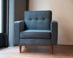 fauteuil année 50 lod bleu Kann Deisgn // 970 TTC