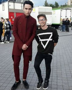 does anyone know Mel's height?:o