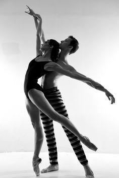 <<Prima Ballerina of the Bolshoi Theatre Yulia Stepanova with Kamil Yangurazov # Photo © Oleg Zotov>>