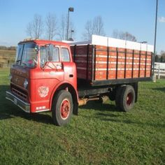 Wood box grain truck mages land company auction - Quad cities craigslist farm and garden ...