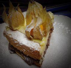 Bolo de creme de limão, mousse de chocolate e physalis :: Pimenta na cozinha