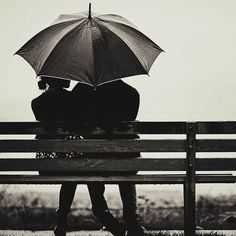 Wedding Couple Pictures, Wedding Couples, Sound Of Rain, Gif Pictures, Our Wedding Day, Rainy Days, Outdoor Decor, Poetry, Dios