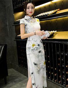 f71b4d160e4 Traditional Chinese Clothing Cheongsams Female Vintage Silk Cheongsam Slim  Qipao Chinese Gown