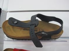 Birkenstock sandal thongs in  dark, natural leather with suede lining #birkenstock