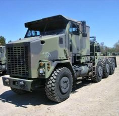 This truck can transport some heavy shit! 1995 Oshkosh Commercial Heavy Equipment Transporter on GovLiquidation. Heavy Duty Trucks, Big Rig Trucks, Heavy Truck, Dump Trucks, Cool Trucks, Army Vehicles, Armored Vehicles, Oshkosh M1070, Train Truck
