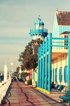 Marina del Rey, California, photography, colors, lighthouse  www.feetfromshore.wordpress.com