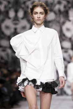 Viktor And Rolf Ready To Wear Fall Winter 2013 Paris