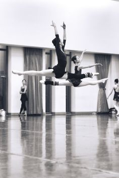 Yes, dancers can fly!