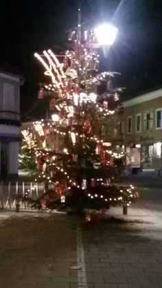 Pics Art, Christmas Tree, Holiday Decor, Home Decor, Knight, Boxes, Homemade Home Decor, Xmas Tree, Xmas Trees