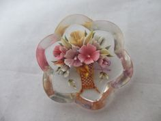 VINTAGE+c1950+REVERSE+LUCITE+FLOWER+BROOCH+PIN+