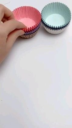 Diy Crafts For Home Decor, Diy Crafts Hacks, Diy Crafts For Gifts, Creative Crafts, Cool Paper Crafts, Paper Flowers Craft, Paper Crafts Origami, Easy Origami, Crafty
