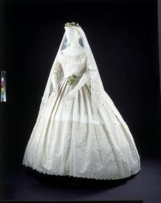 Bridal fashions victorian era 47