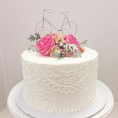 Beautifully piped wedding cake by Jessica with the cutest bicycle cake topper for with Congratulations on your wedding day and ! Fresh Flower Cake, Fresh Flowers, 60th Birthday, Birthday Cards, Birthday Ideas, Bicycle Cake, Congratulations On Your Wedding Day, Cake Toppers, Cake Decorating