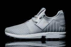 купить недорогие кроссовки Adidas ZX Flux Plus в интернете