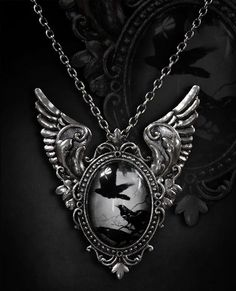Restyle // Restyle Flying Ravens Necklace
