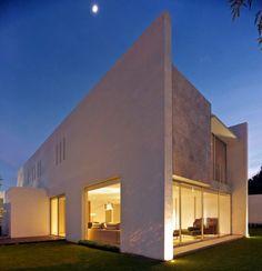 Modern Architecture Casa Natalia 17