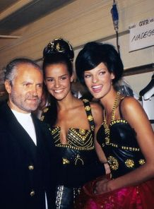 Gianni Versace, Nadege and Linda Evangelista attend the Versace Fashion Show at the Ritz Paris on July 1,1992