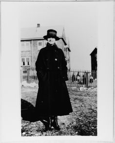 Yeoman (female) Marion F. Walsh, USN Reserve Force, 1919