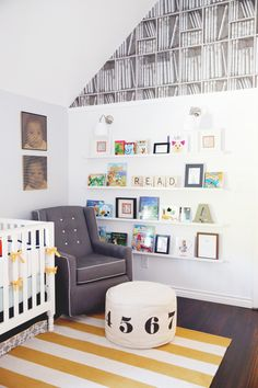 We love this chic nursery styling from @elletid! They have such a fresh and personal approach to design - so important in the nursery. #PNapproved
