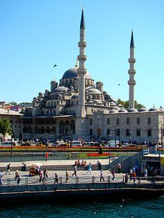 YENİ CAMİİ (NEW MOSQUE) or VALIDE SULTAN CAMİİ (QUEEN MOTHER MOSQUE). Situated in Eminonu Istanbul. The construction began in 1597. It was ordered by Valide Sultan SAFIYE (Queen Mother)  of Sultan Mehmed III. The original architect was Davut Agha, an apprentice to the great Architect Sinan. Davut Agha died in 1599 and was replaced by Ahmed Çavush. The construction took more than half a century and was completed by another Valide Sultan, Sultana Turhan Hatice, mother of Sultan Mehmed IV.