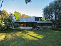 Richard Neutra 1936 - The Josef Von Sternberg House, 10000 Tampa Avenue, Northridge CA.