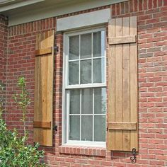 cedar shutters on red brick house - Bing images Shutters Brick House, Brick Ranch Houses, Cedar Shutters, Window Shutters, Exterior Shutters, Rustic Exterior, Red Brick Houses, White Shutters, Diy Shutters