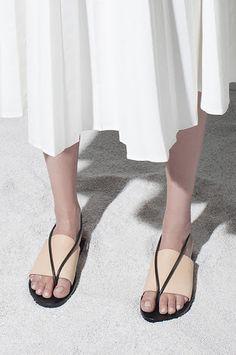 466e5969ba10 Building Block Sandal- Tan Black Minimal Shoes