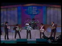 Flaco Jimenez, Mingo Saldivar, Pete Ybarra, David Farias, and David Lee Garza bei den 13. Tejano Music Awards 2009 gemeinsam auf einer Bühne. Stichworte: #Accordion #Music #Player