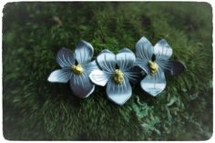 Dwarf Marsh Violet - handmade silver necklace with gold nuggets from Lapland. Design and work by Tytti Bräysy • www.paarmadesign.fi