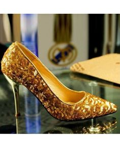 Glittering Sequined Fabric Pointy Toe Women's Shoes #Women #Shoes #heels