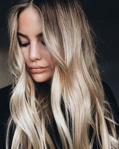 beautiful blonde color - style | inspiration - long hair - blonde shades - simple - natural - idea - ideas - inspiration - champagne - sunkissed - hairstyles - hair color