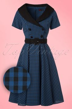 Feel like a vintage beauty in this 50s Bridget Gingham Swing Dress! Mad Men lady, rockabella or retro lover; Bridget makes everyone's heart skip a beat! The eyecatching wide collar is finished off with a contrasting black trim and runs into a deep V-neckline with a playful wrap over, très chique! The belt defines your waist beautifully for a typical fifties silhouette. Made from a sturdy yet supple cotton blend with a light stretch and a black/dark blue BB gingham pattern....