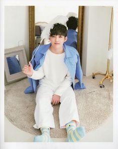 Free celebrity photo gallery hosted by So Sugary. Woozi, Wonwoo, Jeonghan, Seventeen Leader, Seventeen Scoups, Seventeen Magazine, Pledis 17, Pledis Entertainment, Seungkwan