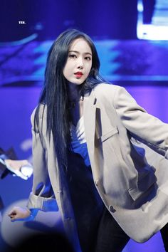 Check out GFriend @ Iomoio Sinb Gfriend, Korean Entertainment, Bts And Exo, G Friend, Popular Music, Electronic Music, Girls Generation, Beautiful Babies, Girl Group