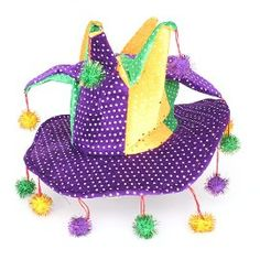 You can only get away with a hat like this at Mardi Gras!