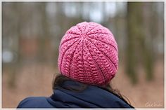 Tress Hat: http://www.ravelry.com/patterns/library/tress-hat