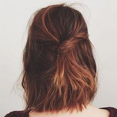 20 Chic short and messy hairstyles you must try - New Hair Styles 2018 Messy Hairstyles, Pretty Hairstyles, Hairstyle Ideas, Hair Ideas, Hairstyles 2016, Bob Hairstyle, Pinterest Hairstyles, Teenage Hairstyles, Fashion Hairstyles