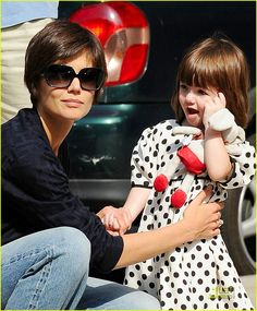 Suri Cruise Loves Playing At The Park: Photo Katie Holmes plays with her daughter Suri Cruise as they enjoy a beautiful afternoon at the park in New York City on Thursday. Cute Hairstyles For Short Hair, Pixie Hairstyles, Pixie Haircut, Trendy Hairstyles, Short Dark Hair, Short Hair Cuts, Katie Holmes Haircut, Medium Hair Styles, Curly Hair Styles