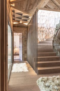 Luxor Chalet, a balanced cottage between silky materials and geometric shapes - Page 2 of 2 - CAANdesign Chalet Design, Chalet Style, Halls, Chalet Interior, Rustic Loft, Cabin Homes, Luxor, Interior Architecture, Architecture Panel