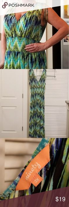 Ninety Maxi Dress, Size 3X Ninety Maxi Dress, size 3X and in excellent used condition! Cute, comfortable, and 95% polyester for super easy care.thank you! Ninety Dresses Maxi
